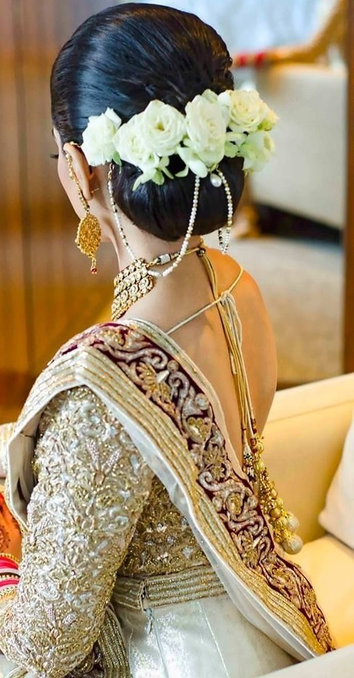 Latest Hairstyles That Suits All Types Of Sarees Lehengas