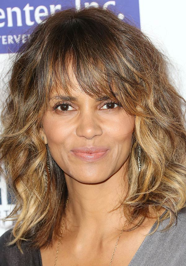 2015_holiday_party_hairstyles_Halle_Berry_textured_bob_with_bangs