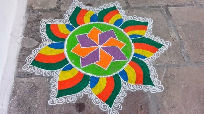 Easy_Rangoli_Designs (6)