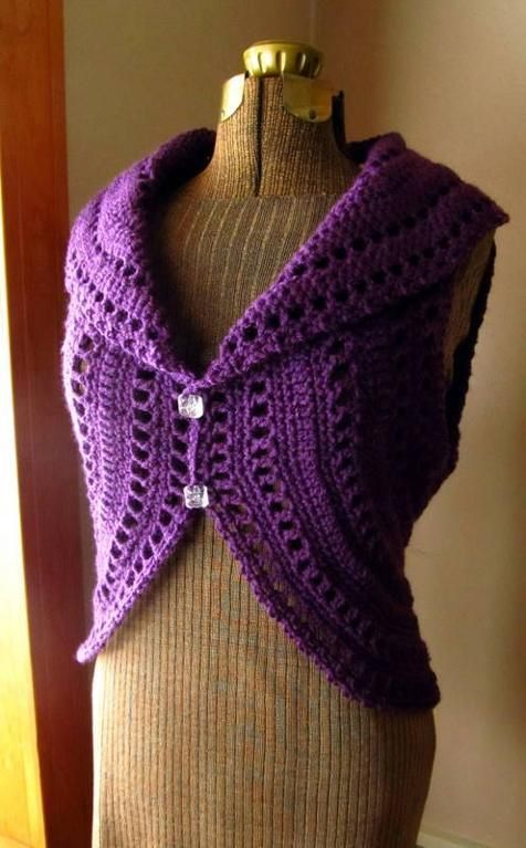 Crochet Circle Shrug with Double Button