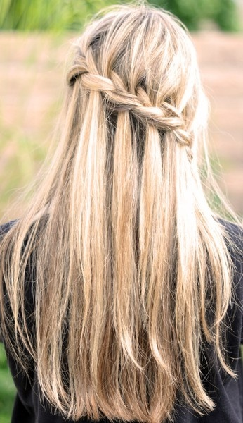 Diagonal waterfall braid