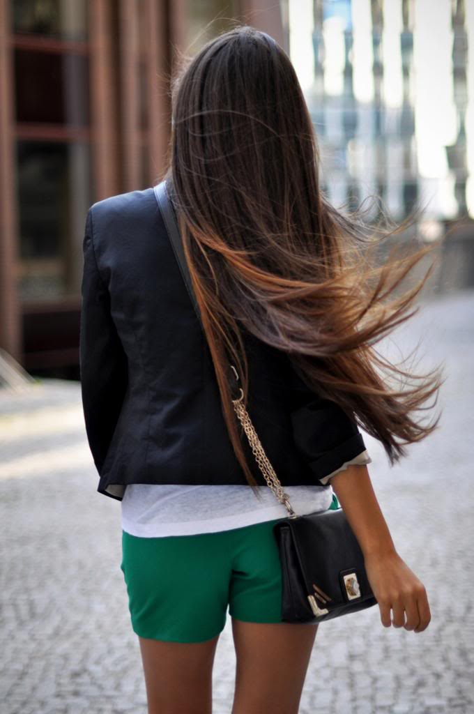 Le-Fashion-Blog-7-Dark-Ombre-Hair-Looks-Inspiration-Long-Hair-Via-Intrigue-Me-Now-5