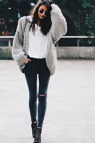 oversized-baggy-sweater