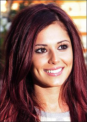 Simple red coloured straight medium length hair