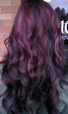 Summer hairstyle with plum