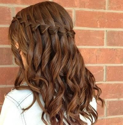 Waterfall hairstyle with wavy hair