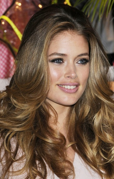 blonde-medium-brown-balayage