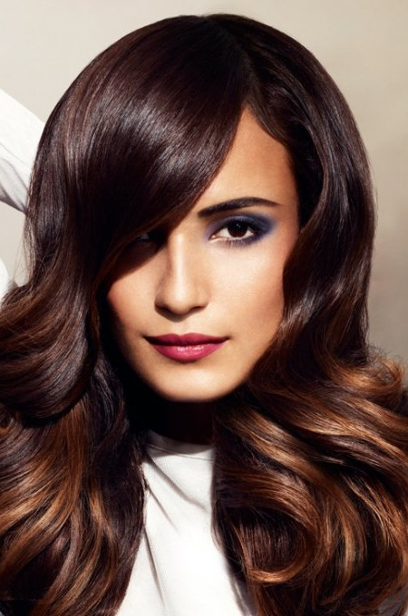 dark-brown-hair-color-with-caramel-highlights-2016-450x680