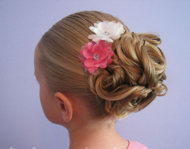 25-Cute-Hairstyle-Ideas-for-Little-Girls-22