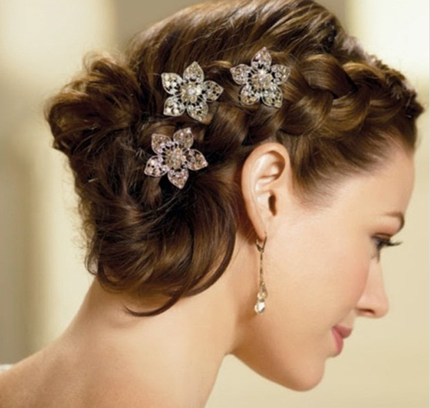 Outstanding Simple Hair Buns For Saree Hairstyle Inspiration Daily Dogsangcom