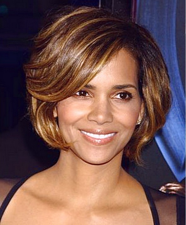 Golden-Highlights-Hair-Style-with-Color-600x726