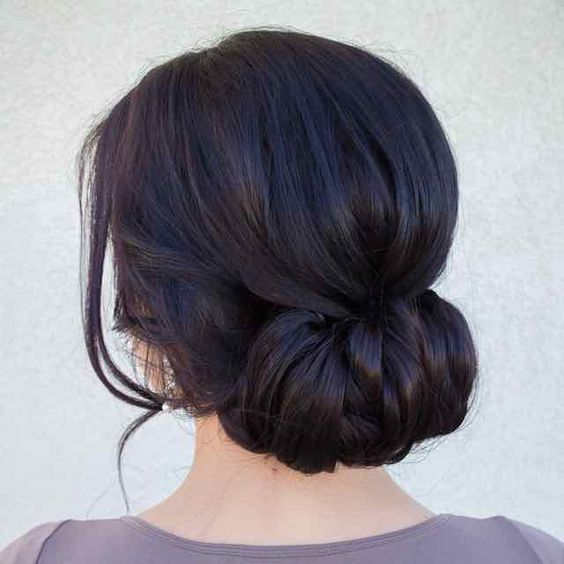 Low back chignon bun