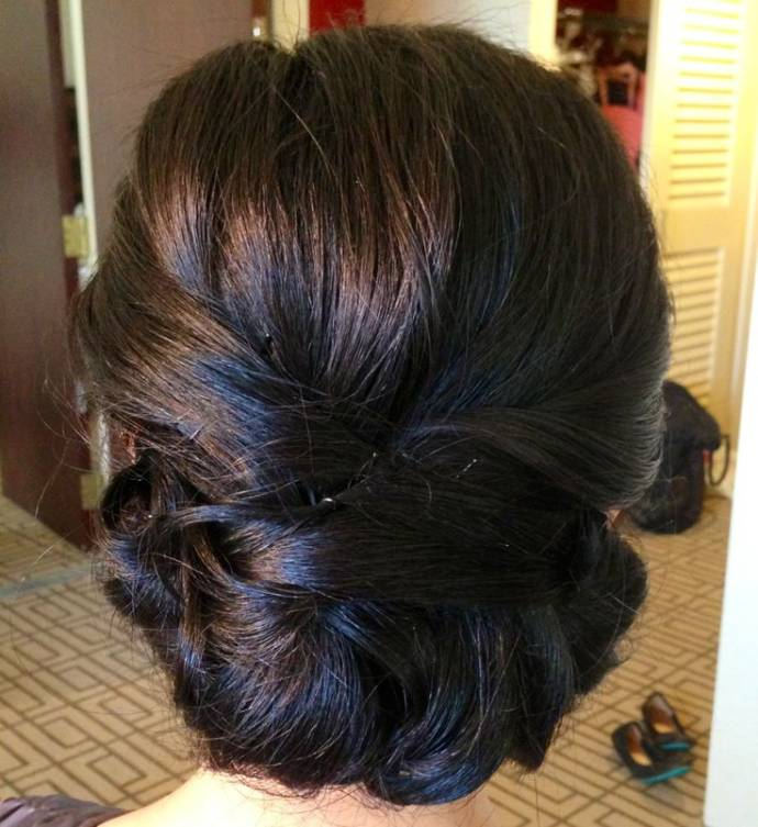 Simple Hair Buns For Sarees & Lehengas To Style Up Your Looks