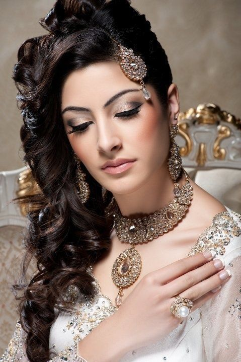 Best Open Hair Stylesfree Hair Styles For Saree
