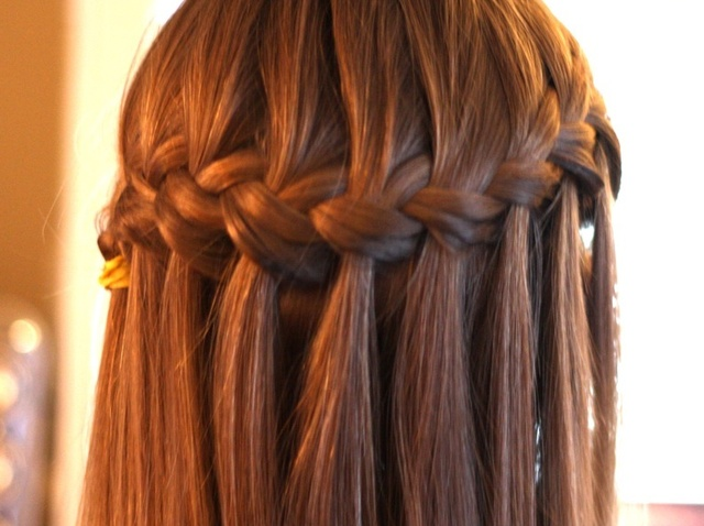 Open hairstyle with water fall braid