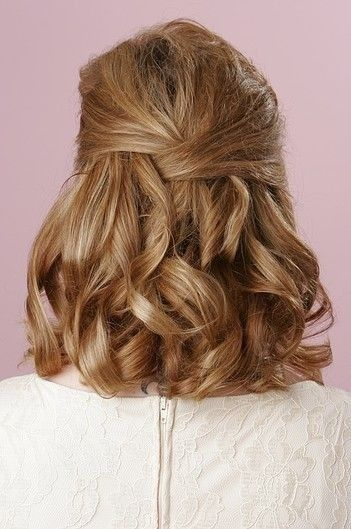 Retro hairstyle for prom nights
