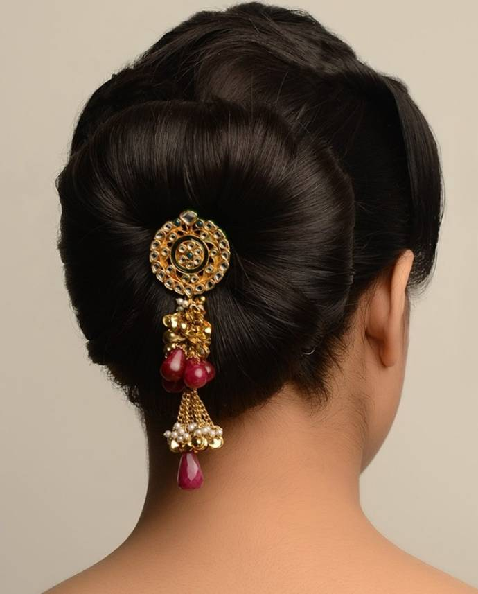 Simple Juda Hairstyle For Wedding: Simple Hair Buns For Sarees & Lehengas To Style Up Your Looks
