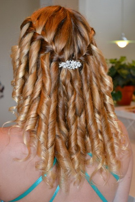 prom-hairstyles-with-braids-and-curls-38-15
