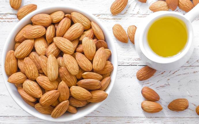 How To Remove Dark Circles With Almond Oil