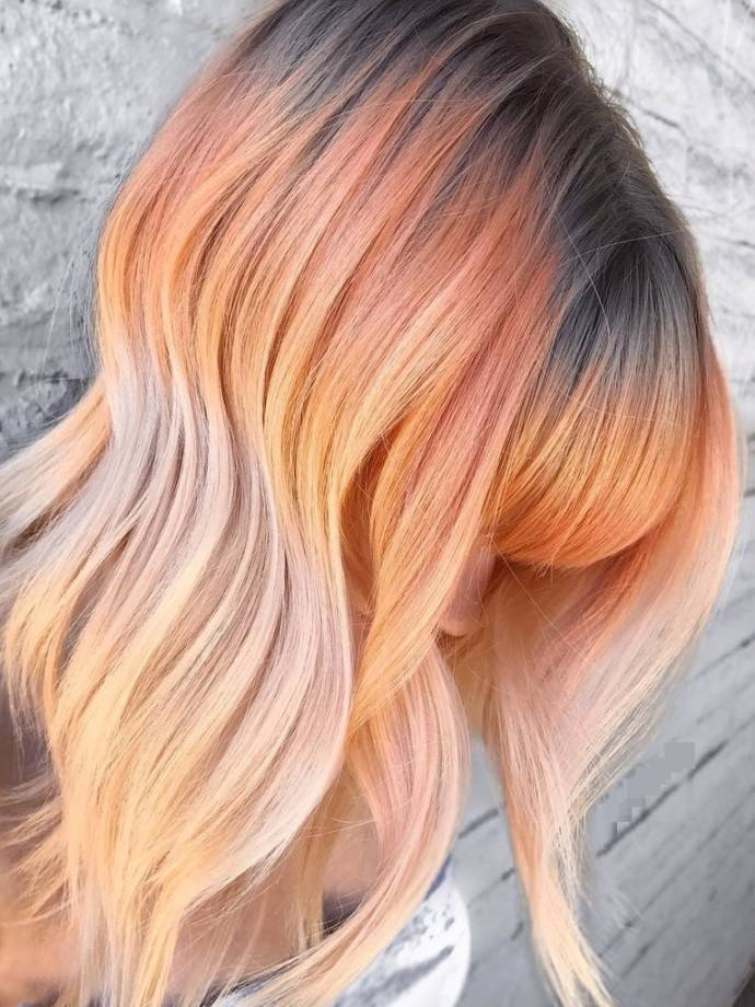 Brown, peach and cream hairstyle during summer