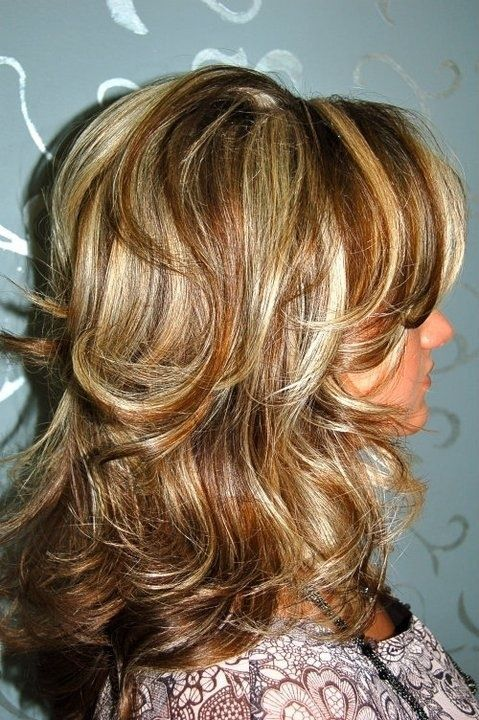 Caramel and blonde highlights on layers