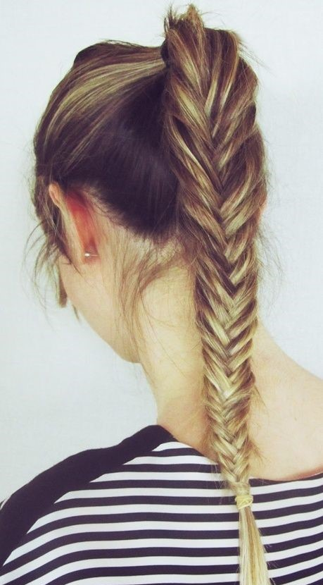 Top fishbone plait for long hairs