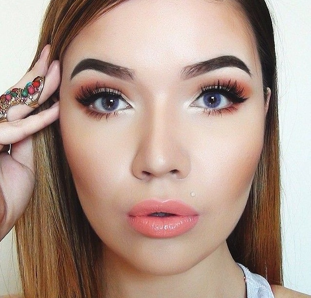 You cannot make the two brows match exactly