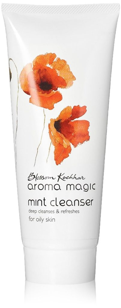 aroma-magic-mint-deep-cleanser-and-refreshes-oily-skin
