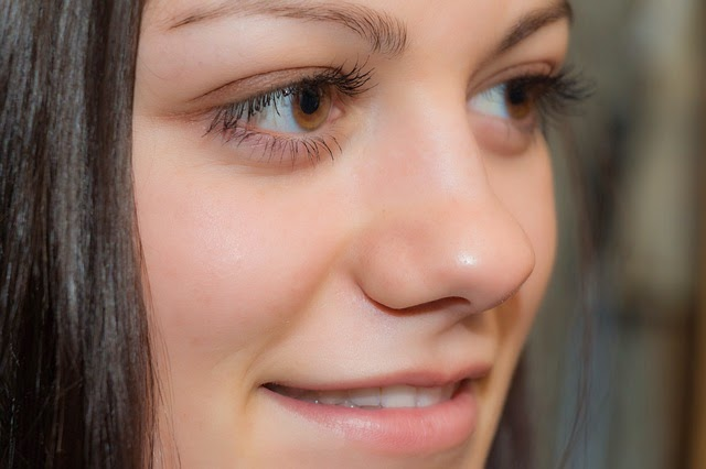 How to get rid of wrinkles under eyes when you smile