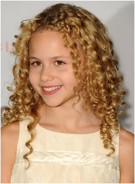 Careless open hairstyle for curly hairder girls