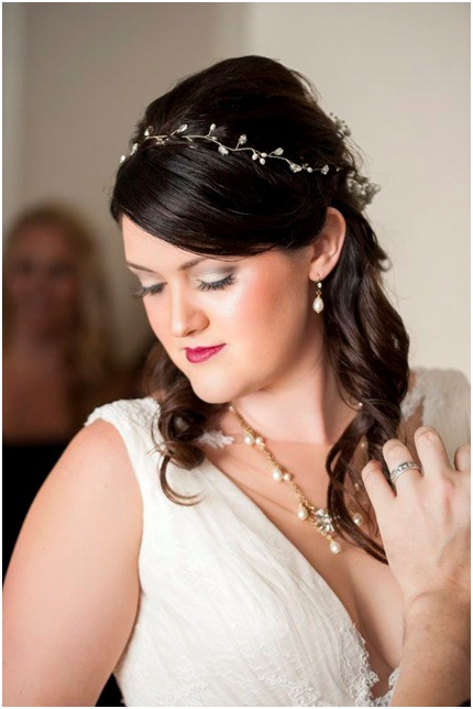 Christian wedding hairstyle for medium length hairs