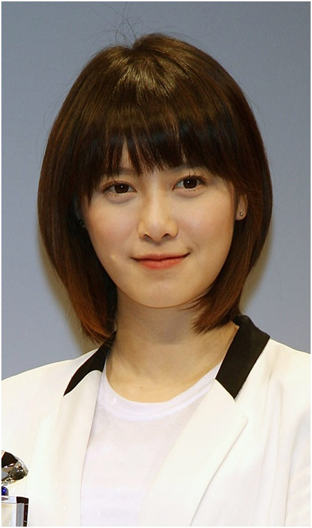 The perfect korean bangs with short hairstyle
