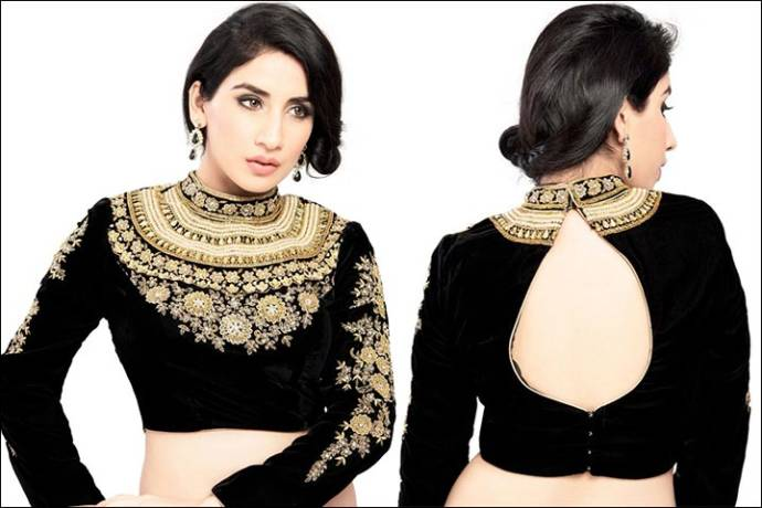 black-blouse-designs-for-net-saree