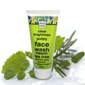 auravedic-clear-brightness-pulpy-face-wash-with-neem-tea-tree