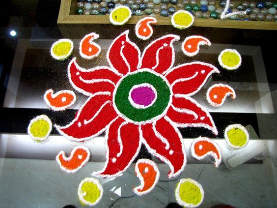 floral-rangoli-with-bright-color-tone
