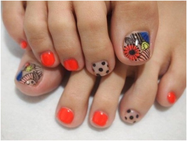 mix-and-match-nail-art-design-for-your-feet