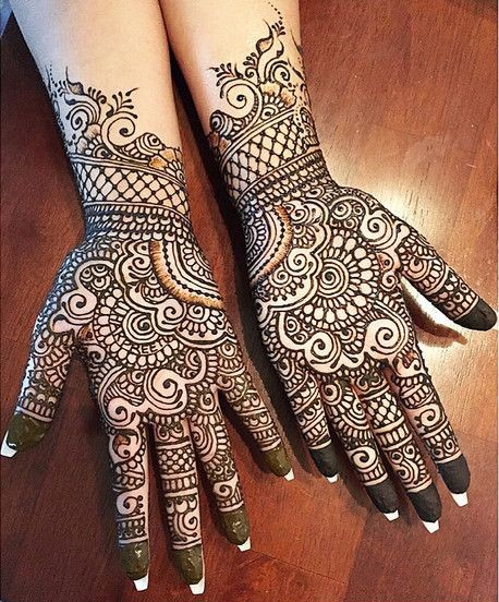 traditional-covering-short-mehndi-design