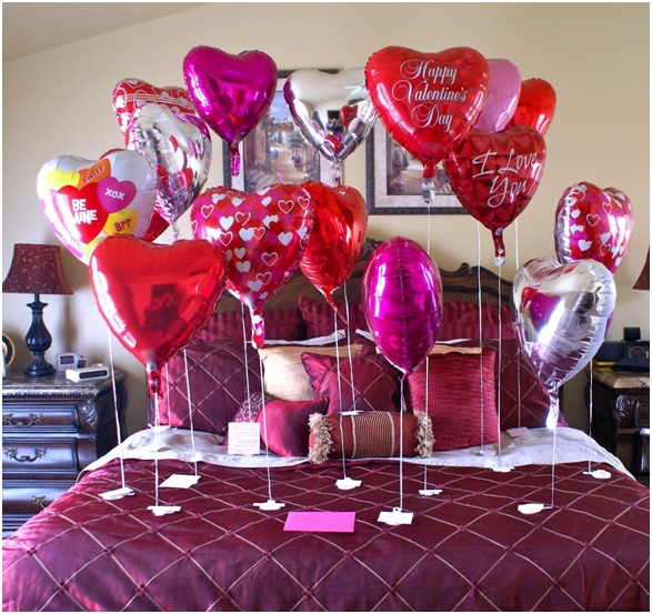 heart-shaped-balloon-decoration-for-new-year