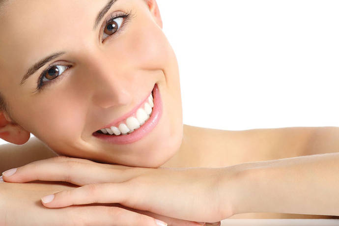 Reducing facial puffiness