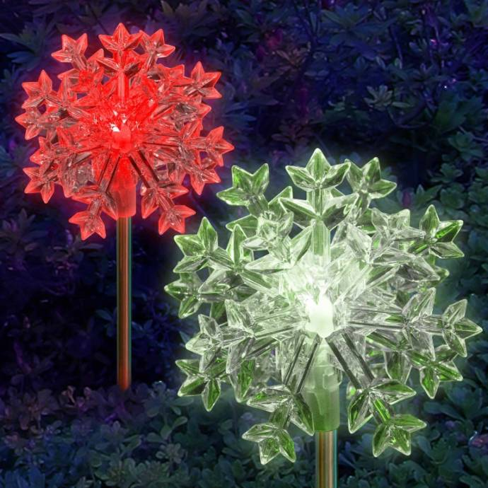 solar-snowflake-decoration-light
