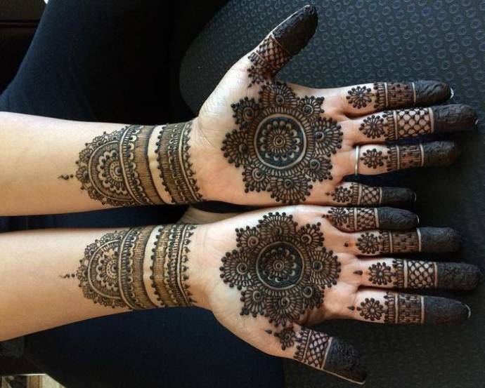 Intricate Henna Designs: Easy And Simple Henna Designs