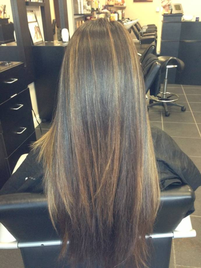 Balayage on straight long hairs