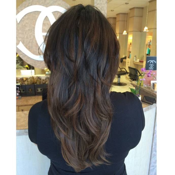 Caramel balayage on layers