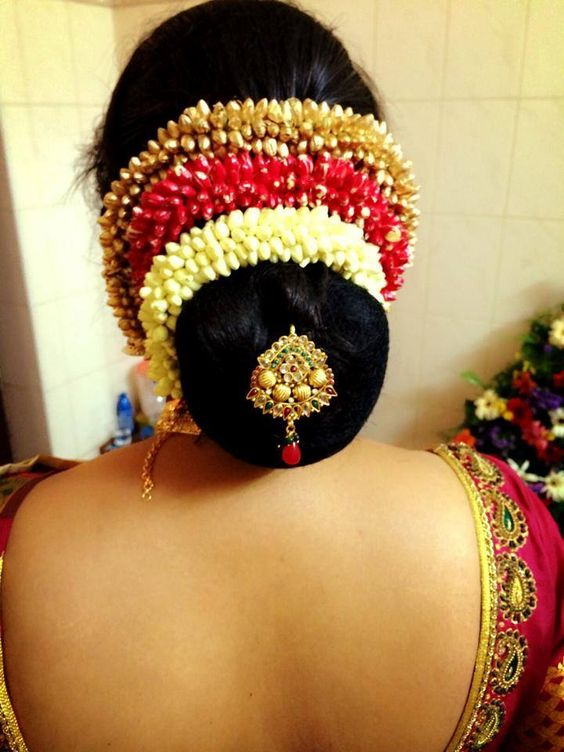 South Indian hairstyle for wedding saree