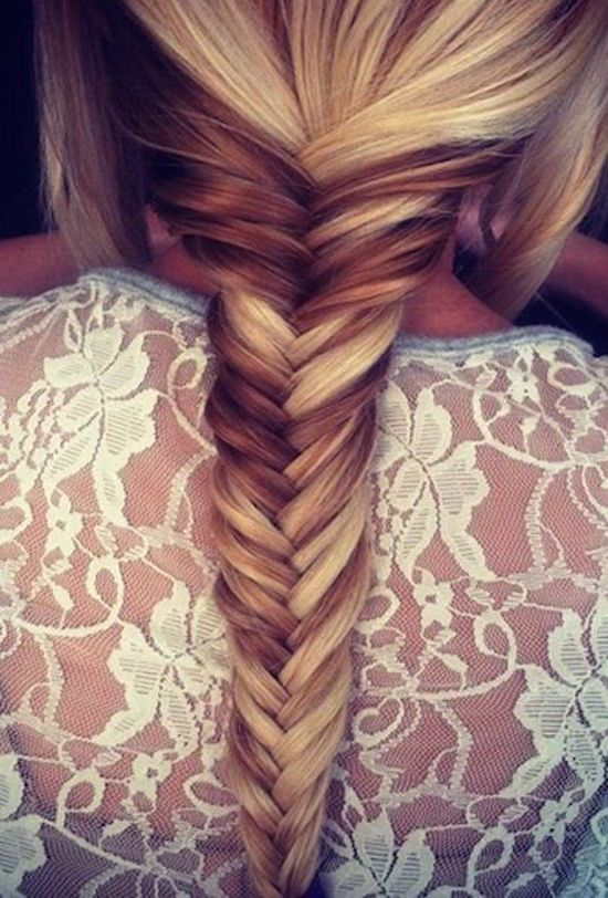 Fish tail braid with brown and blonde color