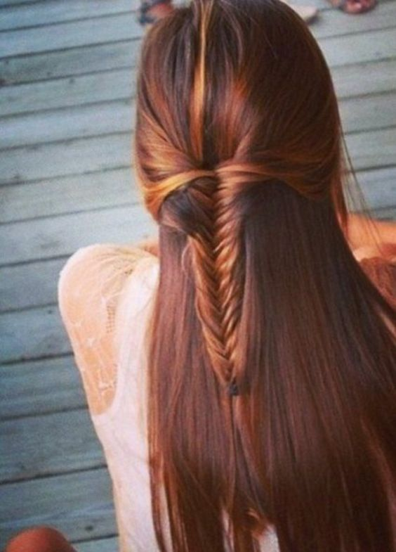 Fish tail braid with open strands