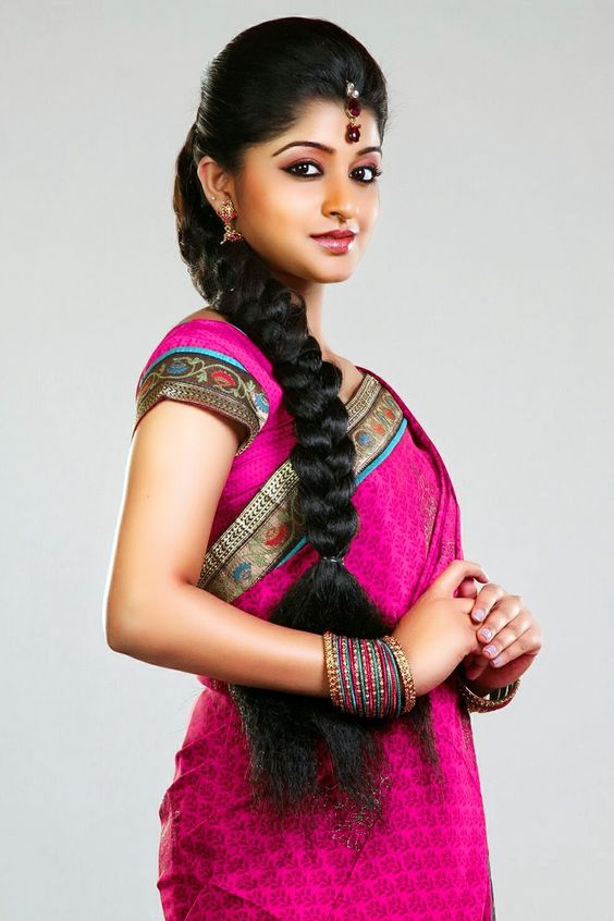 Hairstyles For Long Hair On Saree : Simple hairstyles for silk saree