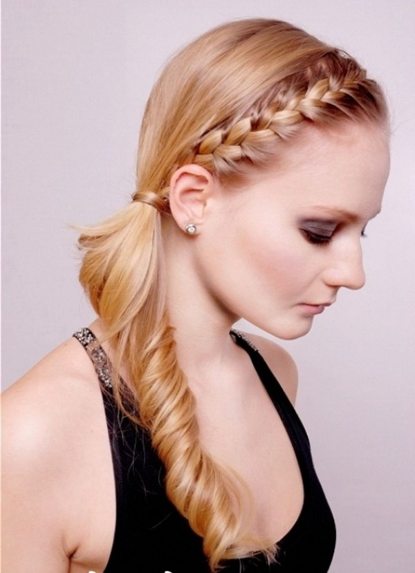 Puffed ponytail with side braid
