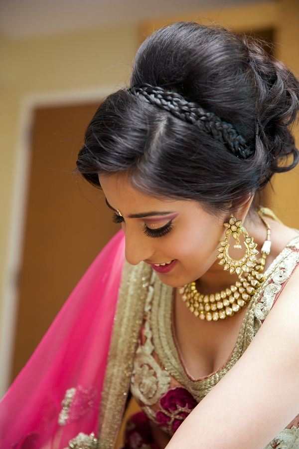 Cool Easy Hairstyles For Sarees With Face Shape Guide Short Hairstyles Gunalazisus