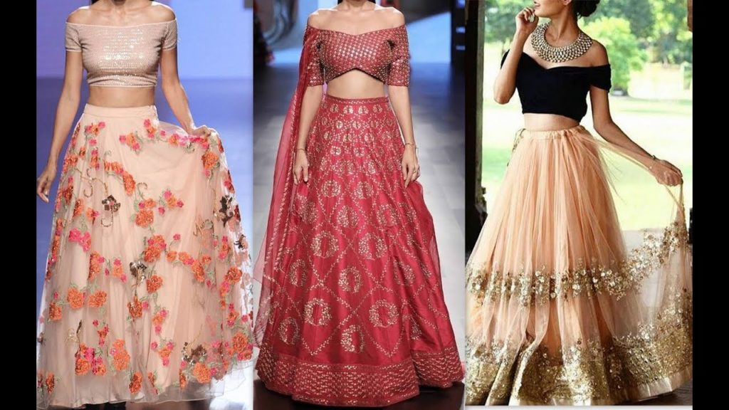 Crop top choli with off shoulder sleeves